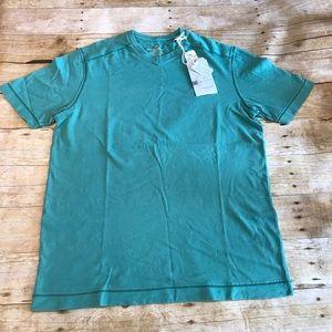 NWT Tommy Bahama Mens cohen vneck T-shirt. Small
